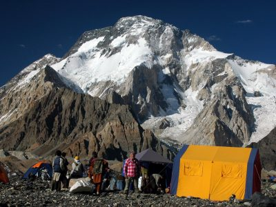 Broad Peak Expeditions (8047m) Baltistan Karakoram Pakistan